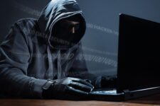 Киберполиция ликвидировала хакерскую группировку, атакующую компании в США и Корее