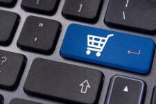 Украинцы стали заказывать в интернете популярные товары в полтора раза чаще в период локдауна