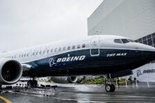 ЕС снял запрет на полеты Boeing 737 MAX: ранее на этих самолетах разбились более 300 человек