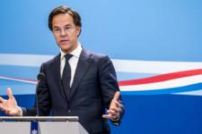 Правительство Нидерландов уходит в отставку из-за скандала с детскими пособиями