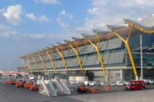 Украинцы застряли в серой зоне аэропорта Мадрида на две недели: подробности