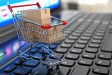 Онлайн-покупки и маркетплейсы неуклонно вытесняют привычные уличные магазины