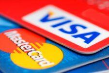 Visa и Mastercard отложили увеличение комиссий