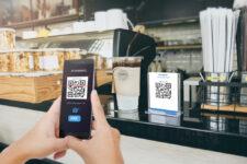 monobank запускает функцию оплаты в ресторанах через приложение