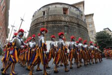 Найзакритіший банк світу: як влаштований банк Ватикану