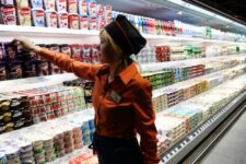 Квітневий локдаун відчутно скоротив обсяги роздрібної торгівлі в Україні