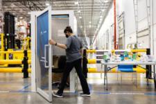 Amazon встановить на своїх складах невеликі кабіни для медитації