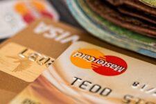 Кредит наличными или кредитная карта: что выгоднее?