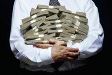Налоговая назвала количество миллионеров и миллиардеров в Украине