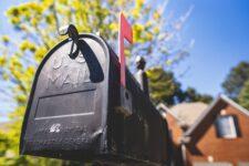 Не только доставка писем: какие финансовые услуги предоставляют почтовые отделения мира