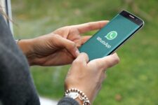 Еврокомиссию призвали разобраться с политикой WhatsApp: подана коллективная жалоба
