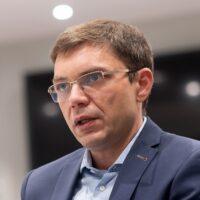 О мире после пандемии, тотальном cashless, криптовалютах и открытом банкинге — интервью с Юрием Батхиным, Mastercard