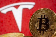 Компанія Tesla відновить приймання платежів в біткоінах — Ілон Маск