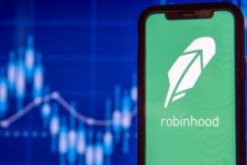 Robinhood и Revolut вступили в фазу острого соперничества за американский рынок
